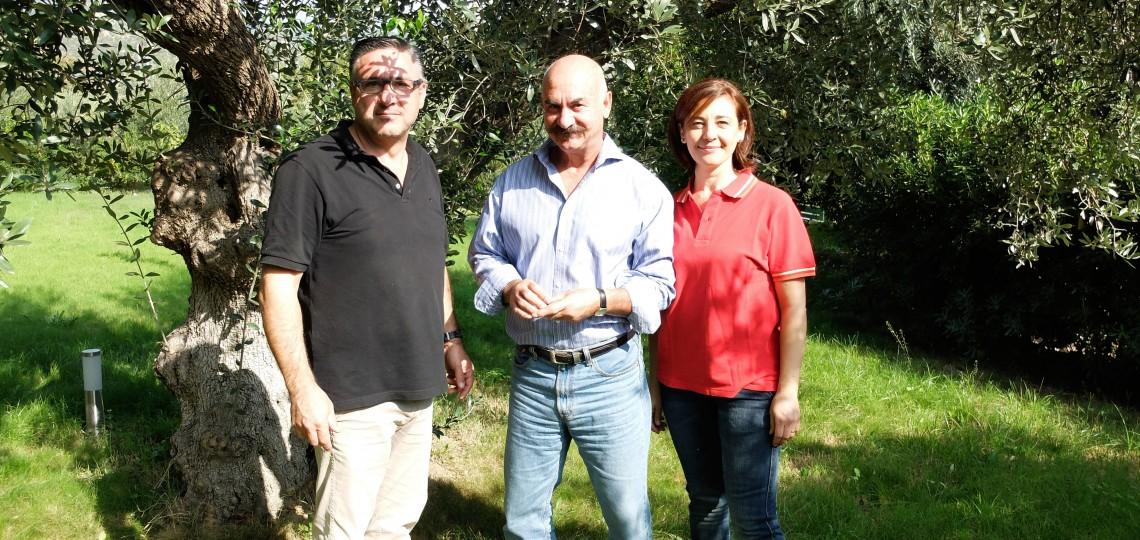 Orazio with Piero and Rosa Rovitti, our partners from the neighbouring Frantoio Rovitti farm.